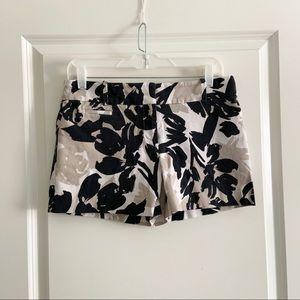 Ann Taylor LOFT Black Tan Floral Riviera Shorts 2